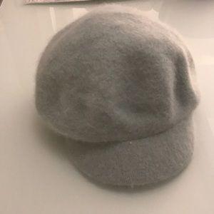 BRAND NEW wool/ angora hat